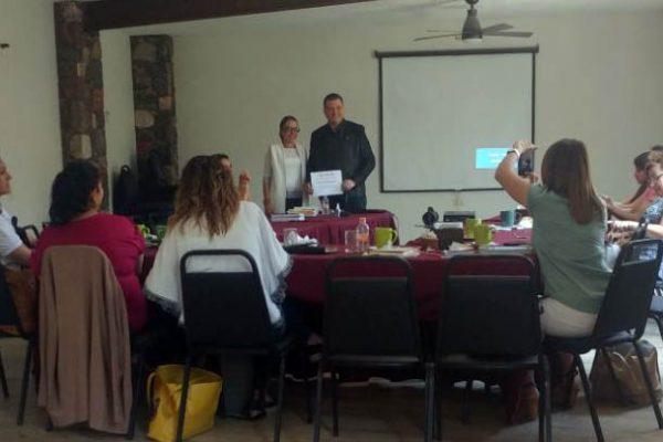 Reunión con la comisión directiva de la Asociación de mujeres Empresarias de Mexico_Guanajuato_4